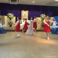 2月26日、故 カンフィソン舞踊家の49日の法要が行われました。