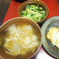 小松菜ときゅうりのごまキヌア和え