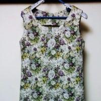 夏服を縫う