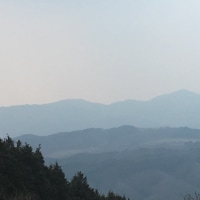 土岳山頂から