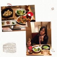 夕飯。中国の人と会い食事をしています。
