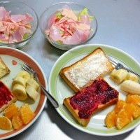 今日の朝食づくり 三宝柑入りのドレッシング 日本全国で我が家だけかも?