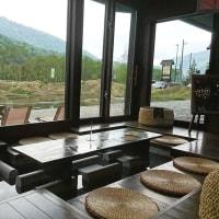 【道の駅】新潟県内の美味しいもの、旬ものからアウトドアグッズに足湯、あれこれ揃った道の駅みつまた。