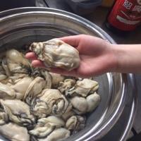 陸前高田産のデカい牡蠣