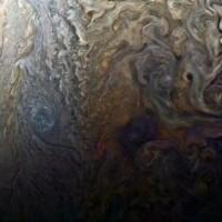 木星は、古いの記事、やっと、画像見つけた。凄い。
