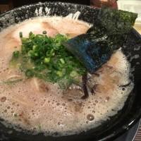 福岡でラーメン食べて焼酎を飲む