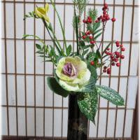お正月の花、活けてみました