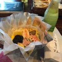 今日のお昼ご飯  ちらし寿司と「お香と仏教」