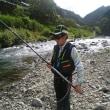 有田川ダム上でアユ釣り