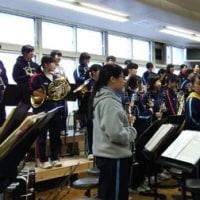 還暦同期会 母校訪問 吹奏楽部がミニコンサートしてくれました