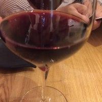桜の香り、燻製ベーコンとワイン