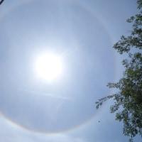円い虹を見た