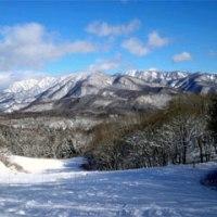32年目、今シーズンのスキーは白馬岩岳ですでに開幕!! でも本日、チョー不安な発表がありそう…