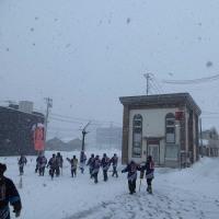 雪の大花町ぼんでんの皆さまと大曲駅