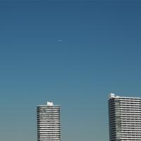 横浜の空を行く