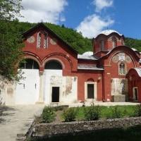コソヴォの世界遺産の修道院をはしご