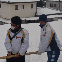 小野神社で綱縒り祭・・・老若や名古屋市からも参加・・心と力を合わせ綱縒