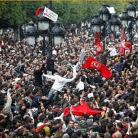 チュニジア  「対話」で国内対立・テロの克服を目指す