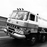 Isuzu TG Series Tank Truck 1969-�����֥륹�ƥ��Τ����� TG�ϥ��?�