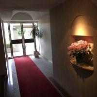 今回の玄関の花