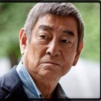 「健さん」、高倉健の生きざまを描いている。