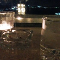 夜景を見ながらほろ酔いでござる。