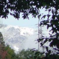 山々薄雪化粧、、