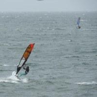 明日はチャレンジ・ザ バルカンです!津久井浜でウインドサーフィン