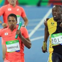 【2020東京ではサニブラウンも加わりますよ・・・】日本が男子陸上400mリレーで銀メダル!海外も驚愕の日本ショック!「東京五輪は金メダルもあり得る」「ボルト不在の次は凄い事になるぞ・・」