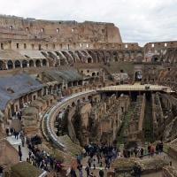 2000年前の巨大建造物 Colosseo