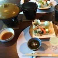高山、レストランと朝の散歩編
