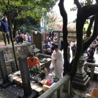 龍馬展の後は、お墓がある護国神社に行きましたが。