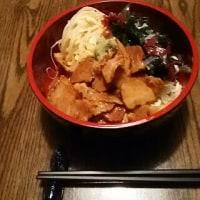 うまトマ肉を富士山盛りに(笑) 豆腐素麺でサラダ仕立て