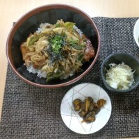 ガリバタポーク丼