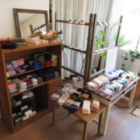 自然素材の服と手しごと  mokono