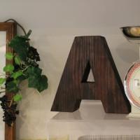 アルファベットを飾りましょう・・・