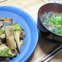 「牛肉と椎茸の甘醤油煮」345kcal