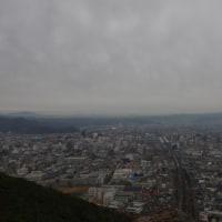 晩秋信夫山(2016.11.27)その2 雨降って