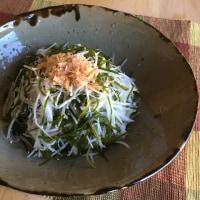 おさしみ昆布と大根と玉葱のサラダ