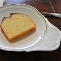 ウイークエンドシトロン (レモンケーキ) を焼きました。