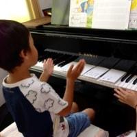 孫のピアノレッスン