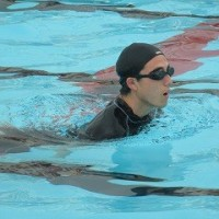 ゆっくり、楽に泳ぐ