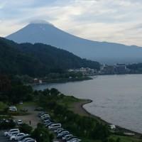 大混雑の河口湖 世界遺産 富士山を望む -本日の装備-