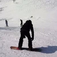 春と冬が交差した苗場・神楽のスキー