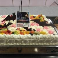 出版の集い、白ばらのケーキ!