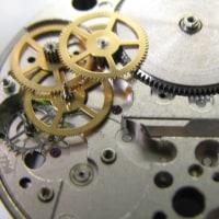セクター自動巻きクロノグラフの時計を修理です