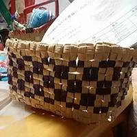 穴の開かない石畳編み