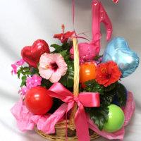 M様ご注文の 鉢花とバルーンのセットです
