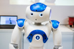 Pepperの兄貴!二足歩行ロボット「NAO」が街づくり・店づくりEXPOに出展