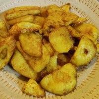 ジャガイモと竹輪のカレー粉炒め